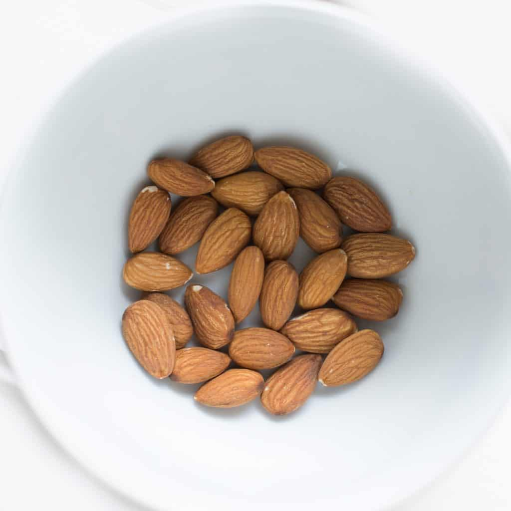 almonds for frangipane pie